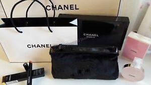 Chanel Beauty Makeup Trousse Bag Iphone Pouch Clutch Black Velvet Gift Box Paper
