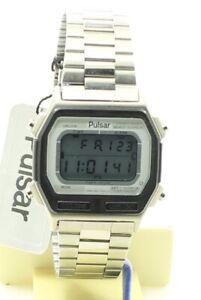 RARE VINTAGE PULSAR (SEIKO) Y665-5040 Digital WATCH 1981 - Boxed NOS Japan