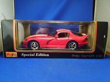 Maisto 1996 Dodge Viper GTS 1:18 Die Cast Metal Model Car Special Edition
