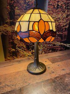Tiffany Tischlampe - Höhe 38 cm , Durchmesser 22 cm - Top Zustand