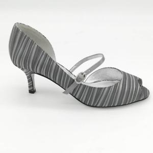 Adrianna Papell Womens Janet Pump Kitten Heels Shoes Gray Stripe Buckle 7.5M New