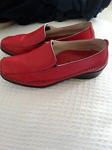 Padders red leather size 6 (39) flat shoes. new no box
