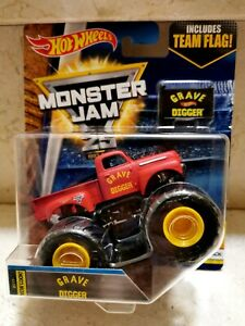 Hot Wheels MONSTER JAM 1° GRAVE DIGGER RED CAMIONETA PICK UP 1957 FORD F-100