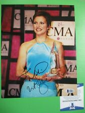 Martina McBride CMA Awards Signed Autographed 8x10 Color Photo BAS