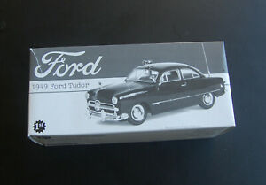 1949 FORD TUDOR - 2000 FIRST GEAR 1:25 SCALE Police Car NOS in Box