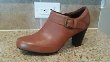 NEW Size 7M Cognac Clarks bendables Ankle Boots w/bronze buckle