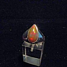 Ring, Gr.60,  Silber 925 mit einem Opal Cabochon aus Äthiopien