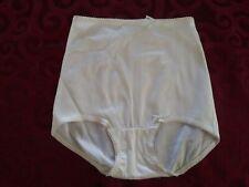 Vintage BESTFORM Nylon Spandex Panty High Brief #5805 White size Medium