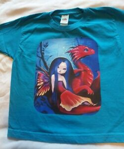 Petit Fairy T-Shirt Pour Filles. sur Bleu Avec Dragon Rouge