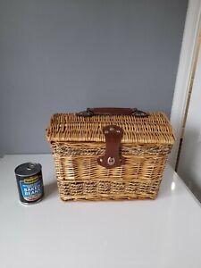 Domed Lid Wicker Picnic Basket - 35 x 23 x 26 cm