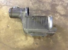 08 09 2008 2009 Ford F250 F350 6.4L Diesel Air Cleaner Filter Box