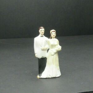 VTG Bride & Groom Ceramic Cake Topper 4""