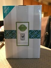 SCENTSY Chevrons and Songbirds Wax Warmer, Retired, NEW IN BOX, Spring