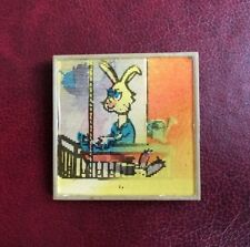 UdSSR NU, POGODI wolf hare Pin Badge Abzeichen Wackelbild 3-D LENTICULAR Russia