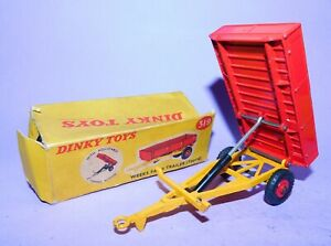 * VINTAGE * 1961 - 1971 * DINKY TOYS * NO 319 * WEEKS TIPPING FARM TRAILER *