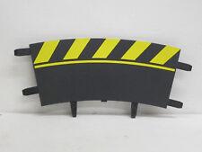 1 Randstreifen, gebogen, gelb/schwarz, unten 20 oben 24 cm lang, Carrera, 1:24