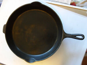 Erie Griswold 12 719 Large Logo Skillet Cast Iron Fry Pan Heat Ring Frying