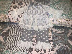 PEACHES 'N CREAM Newborn Girls One Piece Outfit Ruffles & Lace Size 0-3mths