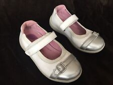 Stride Rite 9.5 M Chandra White Silver Cap Toe Patent Leather Mary Jane Dress