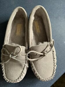Ladies Clarks Slippers Size 6 Brand New.