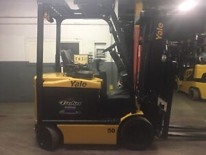 2016 Yale 5000 LB Electric Forklift With Side Shift and Triple Mast