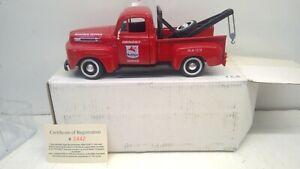 1949 FORD F-1 Die Cast Tow Truck Mobil Gas 50th Anniversary 1/25 NIB #2442 (D31)