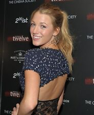 "Blake Lively in a 8"" x 10"" Glossy Photo bd"