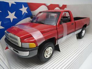 """Ertl/American Muscle  Dodge  Ram  2500  SLT  """"1995"""" (rot) 1:18 OVP !!"""
