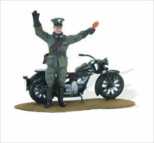 LEAD SOLDIERS MOTORCYCLE - Militia of the Road. GUZZI ALCE - SMI048