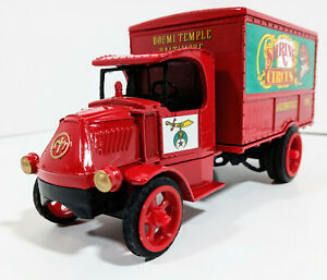 ERTL 1926 MACK DELIVERY TRUCK BANK SHRINE CIRCUS