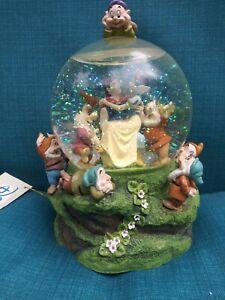 Disney Musical Snow Globe Snow White Seven Dwarfs Some Day My Prince Will Come