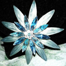 enameled flower/starburst brooch very pretty blue/clear rhinestone