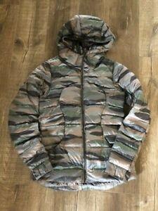 Lululemon Fluffin Awesome Camo jacket size 4