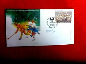 AUST WOMENS HOCKEY 75TH ANNIV PSE SIGNED BY  SA HOCKEY PAST PLAYERS