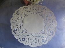 """25 pcs 7.5"""" inch WHITE PAPER BUDS BERRIES ROUND LACE DOILY WRAP WEDDING RETIRED"""