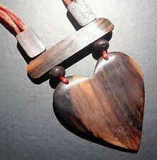 BOHO / LAGENLOOK 70'S ADJUSTABLE WOODEN HEART NECKLACE / PENDANT ON RED CORD