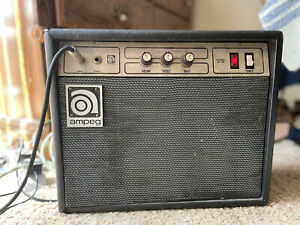 Vintage Ampeg G18 Small Combo Guitar Amplifier