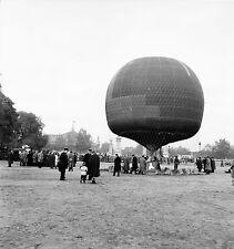 PARIS c. 1956 - Ballon Montgolfière Charles Dollfus - Négatif 6 x 6 - N6 P160