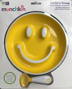Munchkin ~Smiley Face Suction Plate & Training Spoon 9+ Months Smile n Scoop Set