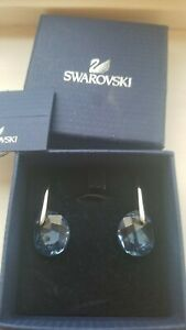 Stunning Genuine Swarovski Earrings Sapphire Blue - New