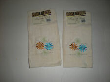 Set of 2 Cream Deluxe Fingertip Towels w/ Embroidered Gold & Blue Flowers New