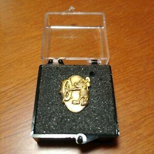 Walt Disney World 1 Year Mickey Mouse  Pin Cast Member Award Steamboat Willie