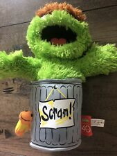 Sesame Street Oscar the Grouch 40th Anniversary Talking Plush Scram Slimy Worm