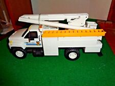 1996 Dg Promotions Tu Electric Battery Operated Bucket Truck with Instructions