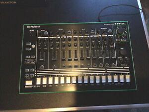 Roland TR8 Drummaschine Tr 909 /tr 808 inkl 7X7 Upgrade sound