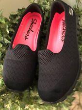 Skechers Womens Black Slip-on Walking Shoes W/Memory Foam Size 8 Hot Pink Lined