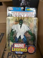 MARVEL LEGENDS HULK TOY BIZ SERIES 2 COLLECTIBLE ACTION FIGURE WITH COMIC BOOK