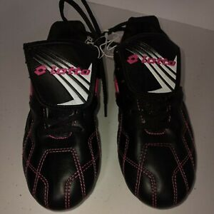 YOUTHS Girl's Lotto Soccer Cleats Size  4  Black & Pink. New without tags. Youth