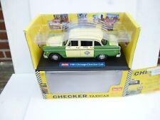 CHECKER Chigago - 1981 - Taxi Cab - Sun Star 1:18 M BOX
