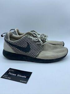 Nike Roshe One Black White